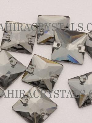 Black Star Zahira Square
